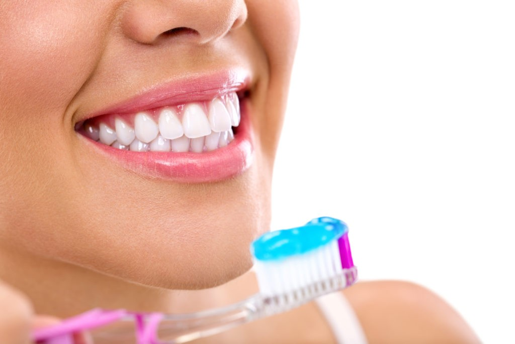 sugar lovers brush your teeth to avoid teeth cavities and teeth decay