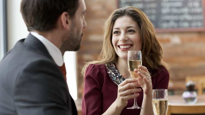 female dating coach and how to keep a girl interested