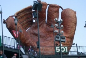 Giant Catchers Mitt