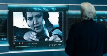 Jennifer Lawrence and Donald Sutherland in Hunger Games: Catching Fire