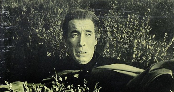 Christopher Lee in Uncle is a Vampire