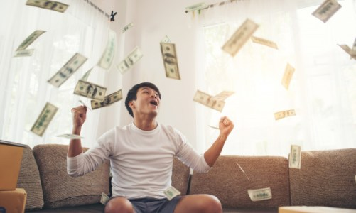 What Does it Mean When You Dream About finding Money