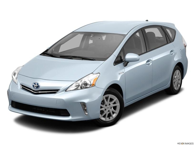 Toyota Prius v Five