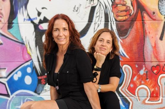Isabel Brinck y Laura Villareal.