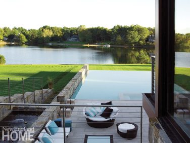 An infinite edge helps merge the pool with the landscape.