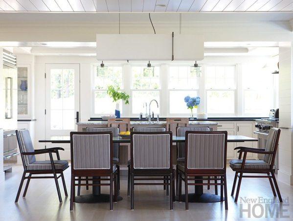 Hutker Architects breakfast tables