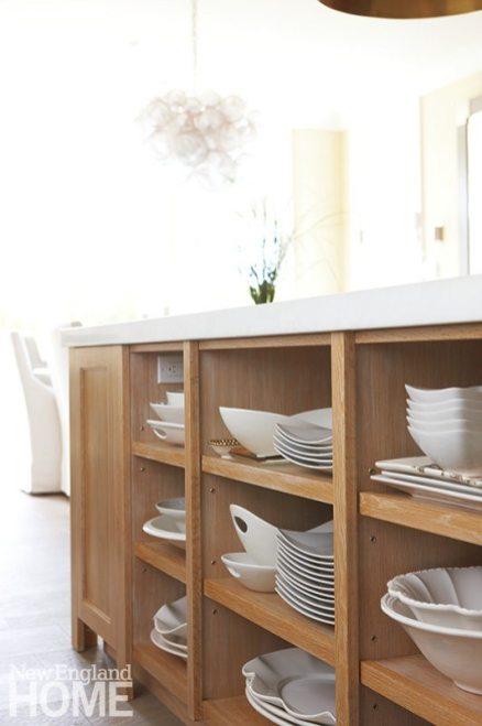 Contemporary Martha's Vineyard home kitchen island