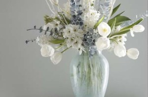 winter white floral arrangement