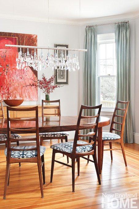 Mandarina Studio dining room