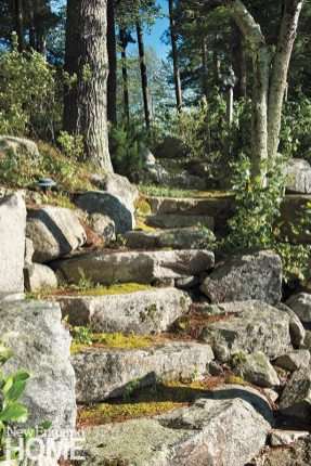 New Hampshire lakefront garden