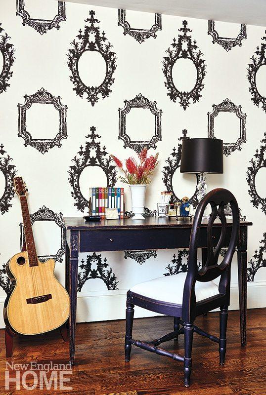 Henhurst Interiors master wallpaper