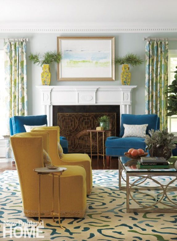 To tie the color palette together in the living room, Deb Nicoud designed a custom, hand-woven rug.