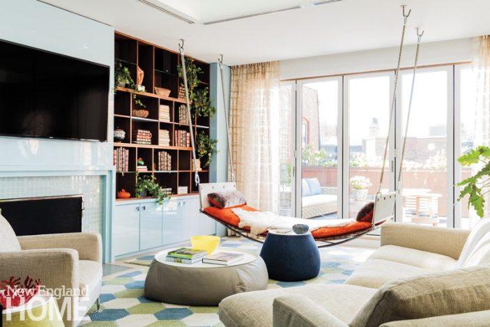 Contemporary Boston Townhouse Family Room