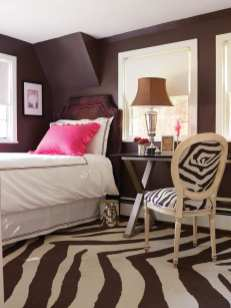 Daughter Hayley chose the New York department store Henri Bendel as the color inspiration for her second-floor bedroom.