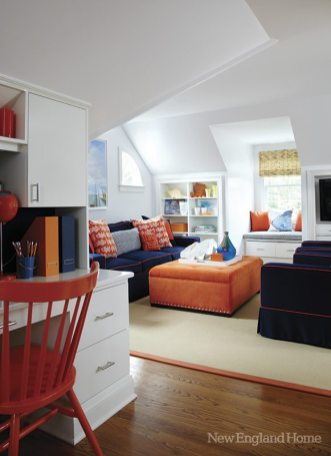 Whites and brights dominate a third-floor family room.