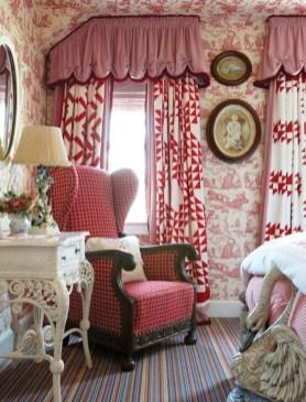 Wendy Valliere guestroom