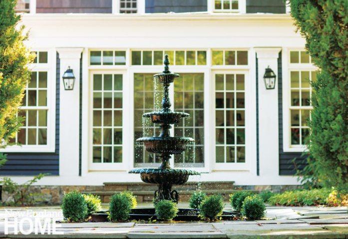 Westport Farmhouse Outdoor Fountain