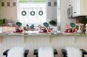 Megan Pesce: The Concord Museum Holiday House Tour