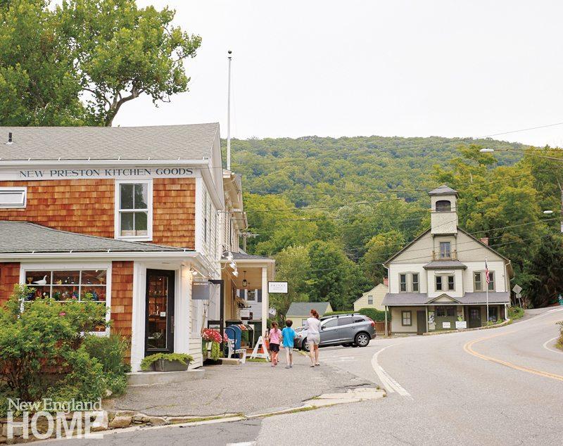 East Shore Road, New Preston, CT