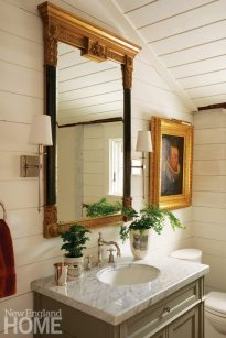 Colonial-Era Home Powder Room