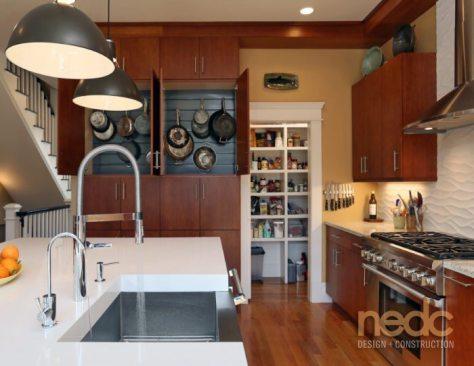 Kitchen Trends: Hanging Storage