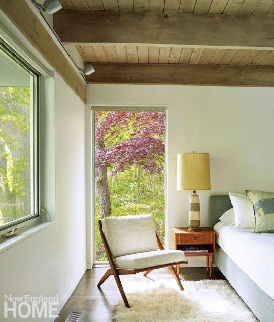 Midcentury Modern Guest Bedroom
