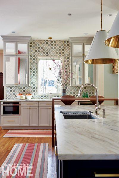 Kitchen with mosaic backsplash