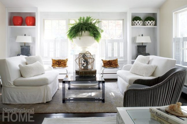 Neutral living room with greenery.