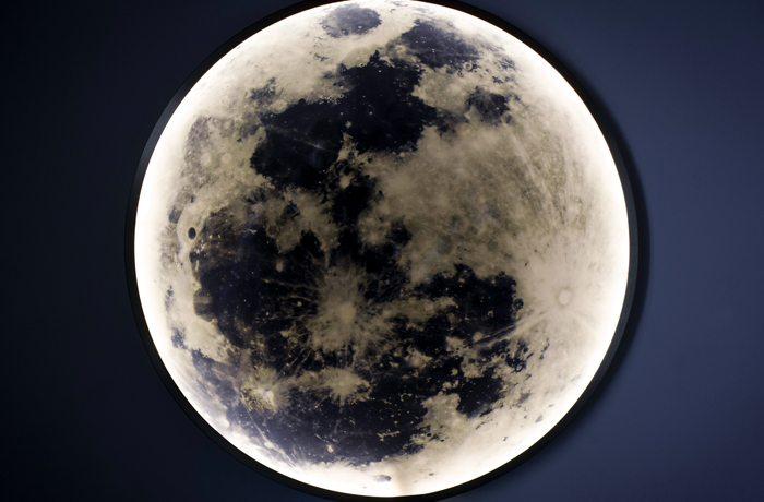 The evocative Moon light