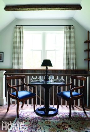 A petite dining area in the living room makes a perfect spot for a casual bite.