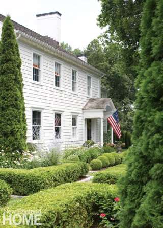 Exterior white Colonial