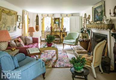 sister parish living room