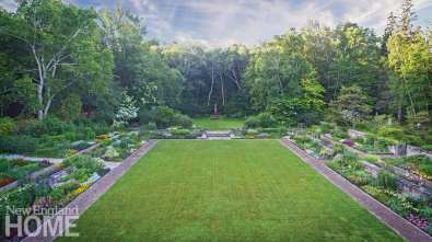 Beatrix Farrand lawn