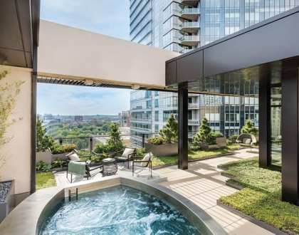 A Rooftop Garden in the Heart of Boston