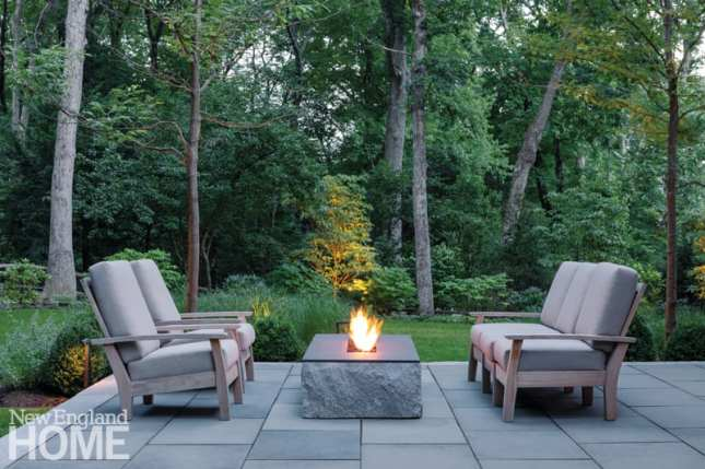 family-friendly in wellesley firepit