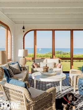 Screened porch overlooking the ocean