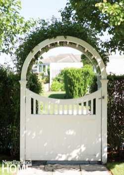 A classic gate bids welcome.
