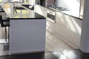 white high gloss shark kitchen