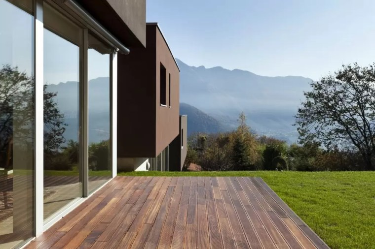 Grand design in mountain views with laminate decking