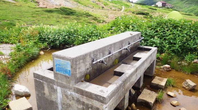 雷鳥沢キャンプ場の外部水場