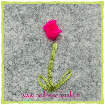 Ribbon Rosebud 6