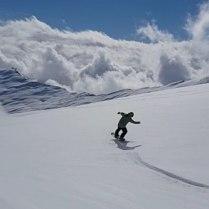 #lastsession #coronaclosing #rideonjake @laax #frisek #seeyousoonsnow #thx @frisek @snowparklaax 📹@guillaumefsk