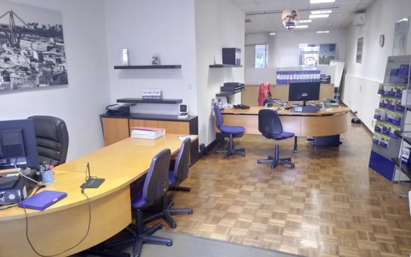 Via Canepari – locale uso ufficio