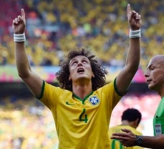 Brasil pasa a cuartos por penales, Chile eliminada