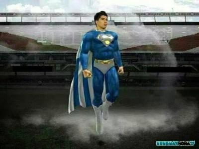 luis suarez superman Los mejores chistes y memes de Uruguay-Inglaterra: Mundial Brasil