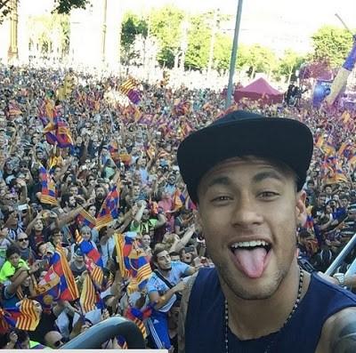 La rua de los Campeones champoions barcelona 2015 neymar