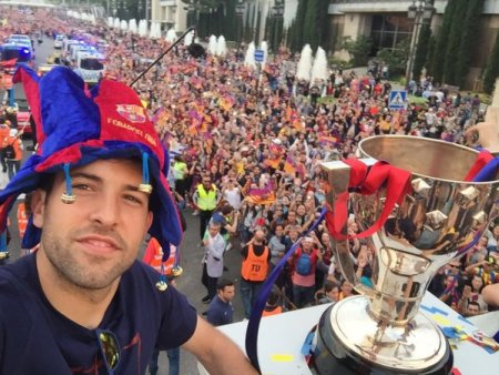 la-rua-de-los-campeones-barcelona-2016-alba