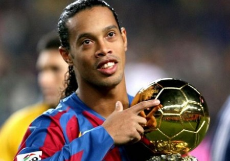 Ronaldinho Gaúcho Balón de Oro 2005