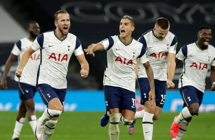 El Tottenham a cuartos de la Carabao Cup por penales
