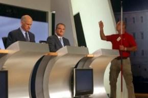 debate123_300x200